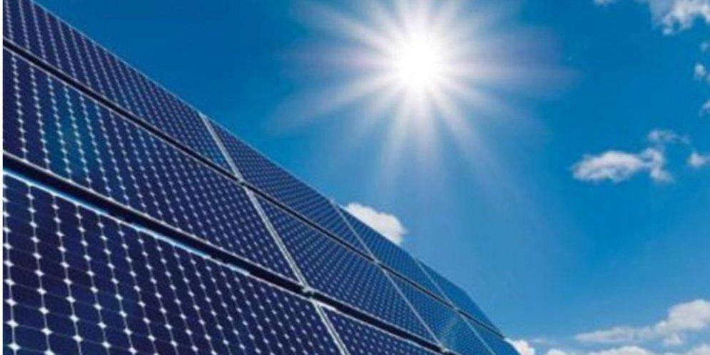 قطر تطرح مناقصة لبناء أولى محطاتها الشمسية قبل نهاية ٢٠١٨